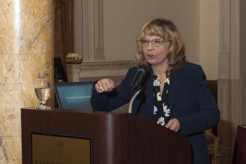 Dr. Caroline Zanni